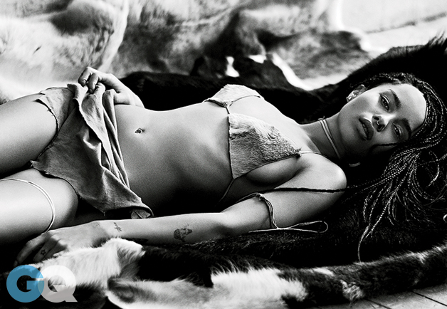 Zoe Kravitz Sexy Bikini