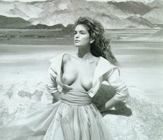 Cindy Crawford Naked R...
