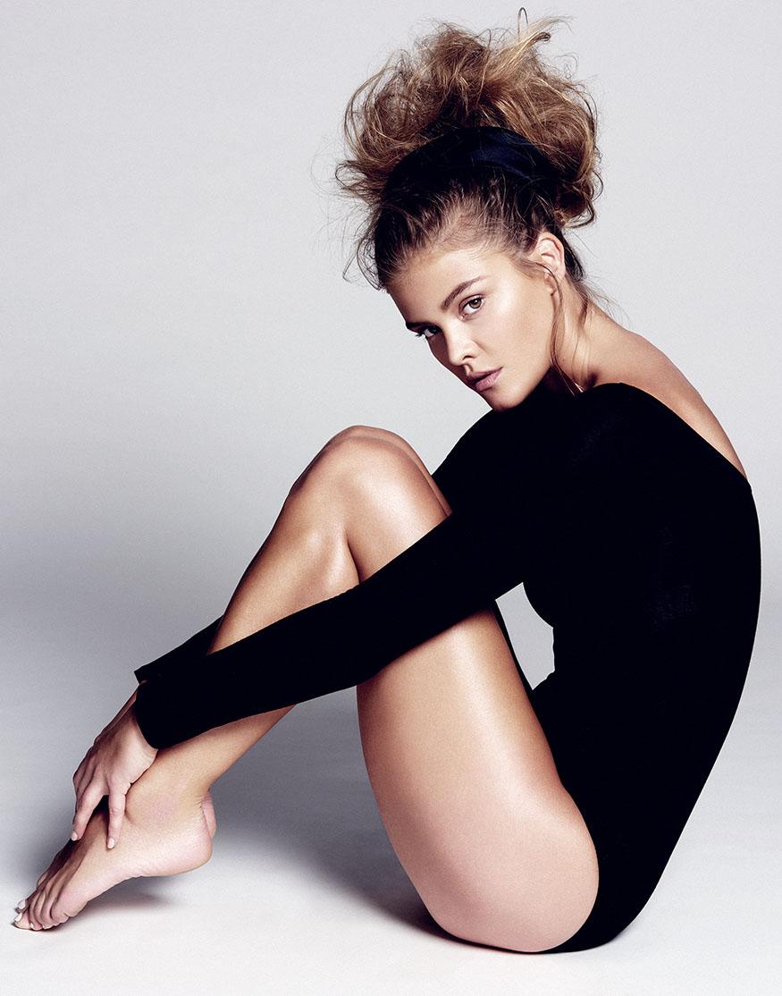 Nina Agdal Topless Pics