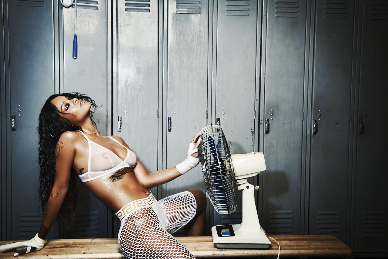 Rihanna –  Esquire ...