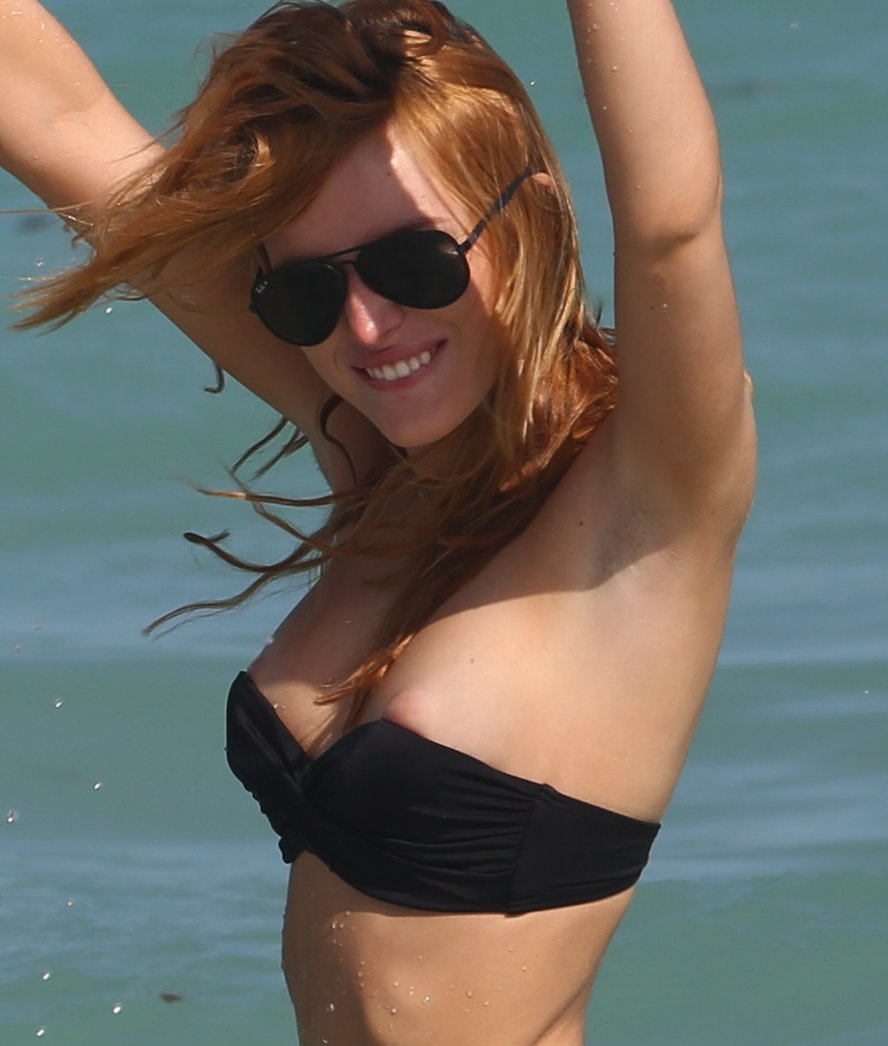 Bella Thorne Nipples
